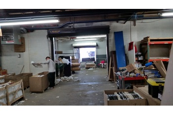 greenpoint ground floor commercial warehouse space suitable for industrial office or retail use brooklyn industrial office